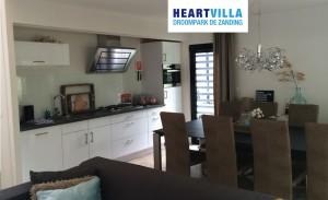 Logo Op vakantie naar de HeartVilla